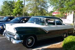 1955 Ford Fairlane Club Sedan-Billy & Patsy Sarvis