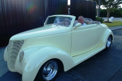 1937 Ford Cabriolet-David & Mary Kay Stiver